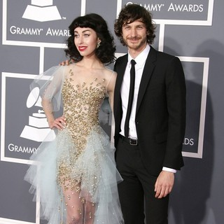 Kimbra, Gotye in 55th Annual GRAMMY Awards - Arrivals
