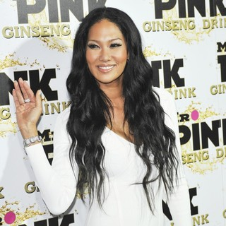 Kimora Lee Simmons in Mr. Pink's Ginseng Energy Drink Launch - Arrivals - kimora-lee-simmons-ginseng-energy-drink-launch-02