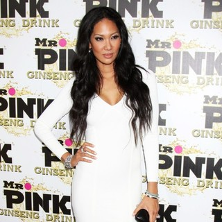 Kimora Lee Simmons in Mr. Pink's Ginseng Energy Drink Launch - Arrivals - kimora-lee-simmons-ginseng-energy-drink-launch-04