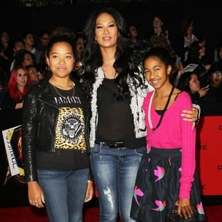 Kimora Lee Simmons - The Hunger Games: Catching Fire Premiere
