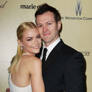 Jaime King, Kyle Newman in The Weinstein Company's 2013 Golden Globe Awards After Party