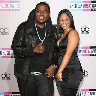 Sean Kingston, Maliah Michel in 2011 American Music Awards - Arrivals