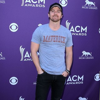 Kip Moore in 2012 ACM Awards - Arrivals