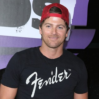 Kip Moore in 2013 CMT Music Awards - Arrivals