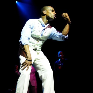 Kirk Franklin in Kirk Franklin Performs During The All Star Mothers Day Celebration