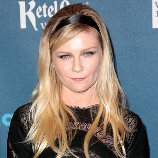 Kirsten Dunst in 24th Annual GLAAD Media Awards - Arrivals - kirsten-dunst-24th-annual-glaad-media-awards-02