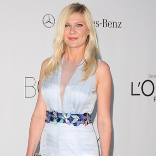 Kirsten Dunst in AmfAR's Cinema Against AIDS Gala 2012 - During The 65th Annual Cannes Film Festival - kirsten-dunst-amfar-s-cinema-against-aids-gala-2012-01