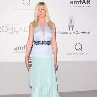 Kirsten Dunst in AmfAR's Cinema Against AIDS Gala 2012 - During The 65th Annual Cannes Film Festival - kirsten-dunst-amfar-s-cinema-against-aids-gala-2012-02