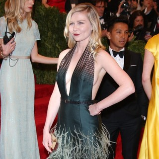 Kirsten Dunst in PUNK: Chaos to Couture Costume Institute Gala - kirsten-dunst-chaos-to-couture-costume-institute-gala-02