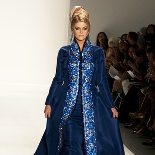 New York Mercedes-Benz Fashion Week Spring 2012 - Zang Toi - Runway