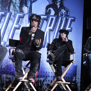Motley Crue in Motley Crue And KISS Announce Their Co-Headlining Tour
