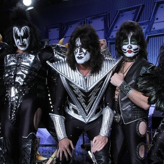 KISS in Motley Crue And KISS Announce Their Co-Headlining Tour