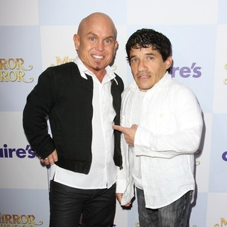 Martin Klebba, Mark Povinelli in Relativity Media Presents The Los Angeles Premiere of Mirror Mirror - Arrivals