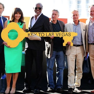 Kevin Kline, Mary Steenburgen, Morgan Freeman, Robert De Niro, Michael Douglas, Jon Turteltaub in The Casts of Last Vegas Receive The Key to The City of Las Vegas