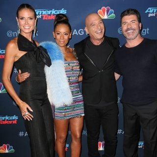 Heidi Klum, Melanie Brown, Howie Mandel, Simon Cowell-America's Got Talent Season 11 Live Show - Red Carpet