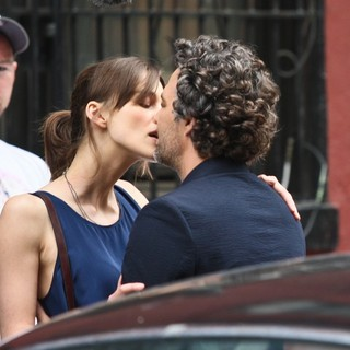 Keira Knightley in Filming Movie Can a Song Save Your Life? - knightley-ruffalo-filming-can-a-song-save-your-life-01
