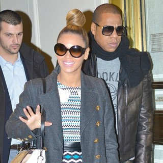 Jay-Z - Beyonce Knowles and Jay-Z Leaving Bergdorf Goodman