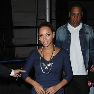 Beyonce Knowles, Jay-Z in Beyonce Knowles and Jay-Z Leaving Nobu Restaurant