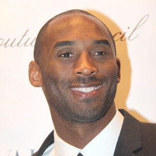 Kobe Bryant in Valentino Garavani Is Honored with The 2011 Couture Council Award for Artistry of Fashion
