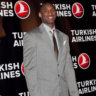 Kobe Bryant in Kobe Bryant and Turkish Airlines Red Carpet Celebration for The Launch of The New Service