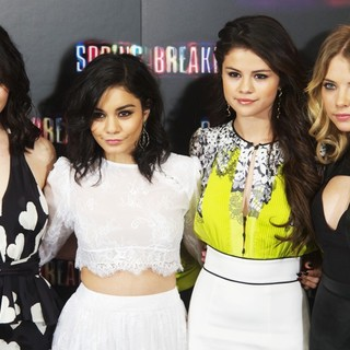 Rachel Korine, Vanessa Hudgens, Selena Gomez, Ashley Benson in Spring Breakers Photocall