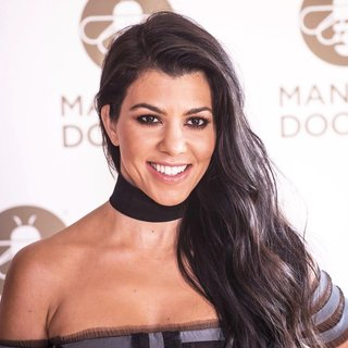 Photocall Kourtney Kardashian as Global Brand Ambassador for Manuka Doctor