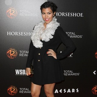 Kourtney Kardashian in Escape to Total Rewards Los Angeles - kourtney-kardashian-escape-to-total-rewards-los-angeles-04