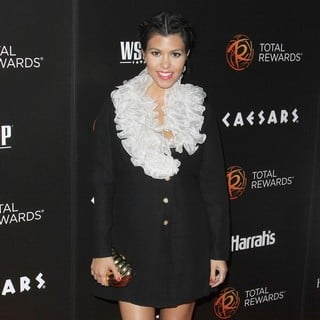 Kourtney Kardashian in Escape to Total Rewards Los Angeles - kourtney-kardashian-escape-to-total-rewards-los-angeles-05