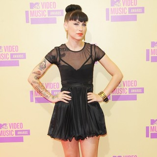 Kreayshawn in 2012 MTV Video Music Awards - Arrivals - kreayshawn-2012-mtv-video-music-awards-02