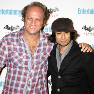 Vik Sahay in Comic Con 2011 Day 3 - Entertainment Weekly Party - Arrivals - krinsky-sahay-2011-comic-con-convention-day-3-01