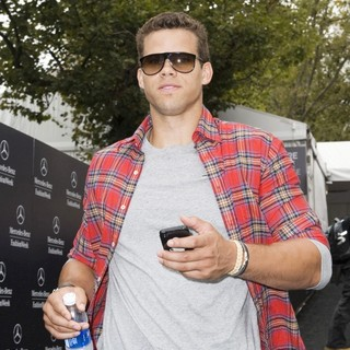 Kris Humphries in Mercedes-Benz New York Fashion Week Spring-Summer 2013 - Celebrity Outside Arrivals - kris-humphries-mercedes-benz-new-york-fashion-week-spring-summer-2013-02