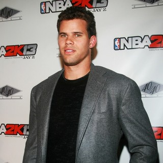 Kris Humphries in NBA 2K13 Launch - kris-humphries-nba-2k13-launch-02