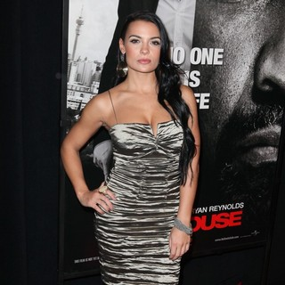 The Safe House Premiere - Arrivals - krista-ayne-premiere-safe-house-02