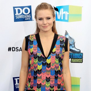 Kristen Bell in The DoSomething.org and VH1's 2012 Do Something Awards