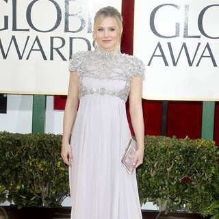 Kristen Bell in 70th Annual Golden Globe Awards - Arrivals - kristen-bell-70th-annual-golden-globe-awards-03