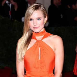 Kristen Bell in Schiaparelli and Prada Impossible Conversations Costume Institute Gala