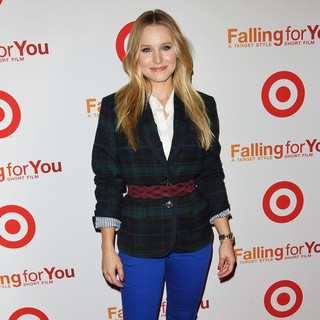 Kristen Bell in Target Celebrates Falling for You - kristen-bell-falling-for-you-02