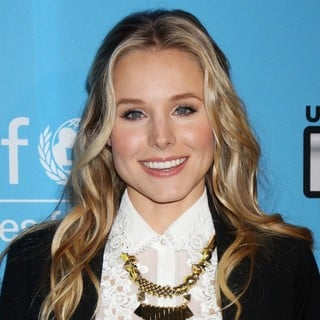 Kristen Bell in UNICEF Playlist with The A-List - Arrivals