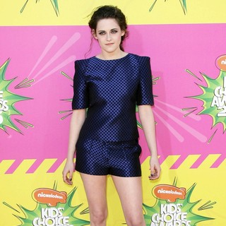 Kristen Stewart in Nickelodeon's 26th Annual Kids' Choice Awards - Arrivals