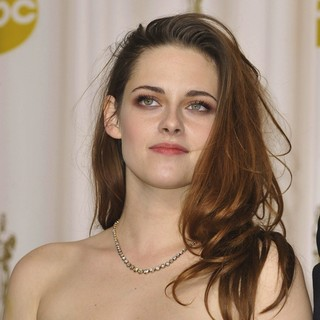 Kristen Stewart in The 85th Annual Oscars - Press Room