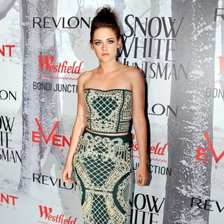 Kristen Stewart in Australian Premiere of Snow White and the Huntsman - Arrivals