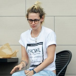 Kristen Stewart Breakfast at The Oaks Gourmet