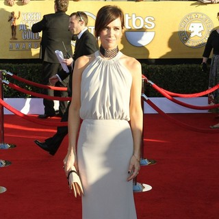 Kristen Wiig in The 18th Annual Screen Actors Guild Awards - Arrivals