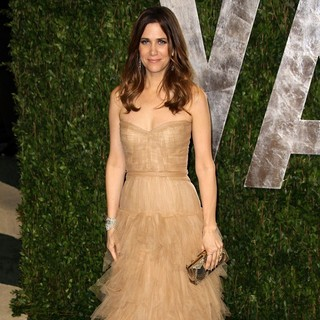 Kristen Wiig in 2012 Vanity Fair Oscar Party - Arrivals