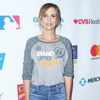 Hollywood Unites for The 5th Biennial Stand Up to Cancer