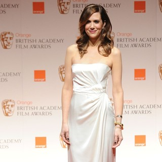 Kristen Wiig in Orange British Academy Film Awards 2012 - Press Room