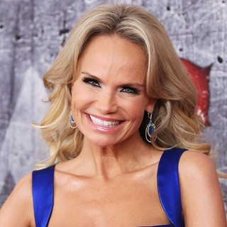 Kristin Chenoweth in 2012 American Country Awards - Arrivals