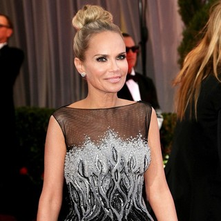 Kristin Chenoweth in The 85th Annual Oscars - Red Carpet Arrivals - kristin-chenoweth-85th-annual-oscars-01