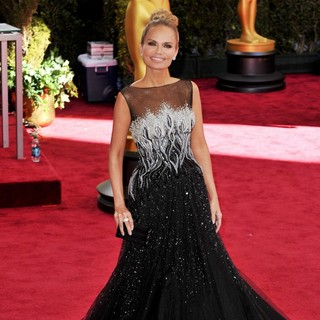 Kristin Chenoweth in The 85th Annual Oscars - Red Carpet Arrivals - kristin-chenoweth-85th-annual-oscars-05