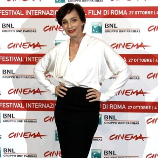Kristin Scott Thomas in La Femme Du Cinquieme - Photocall - The 6th International Rome Film Festival - kristin-scott-thomas-la-femme-du-cinquieme-photocall-04